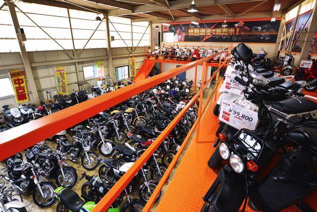 パッションの中古バイク販売風景
